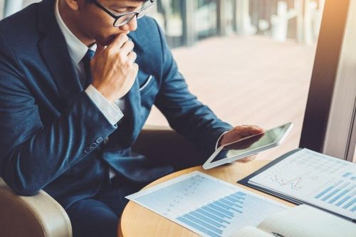 Exploring the Role of Financial Manager in Business