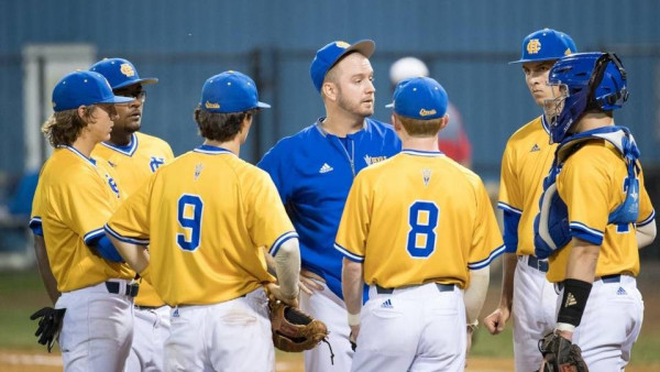 Inexperienced Henry Clay baseball team has a little Evel ...