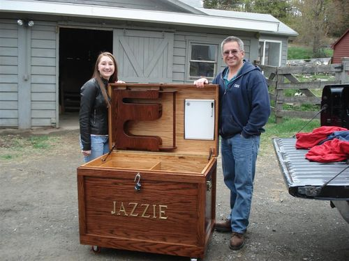 need to design and build a tack trunk