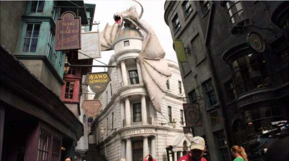 Diagon Alley drew visitors to Universal Orlando in 2014. Photo: WMFE/Amy Kiley