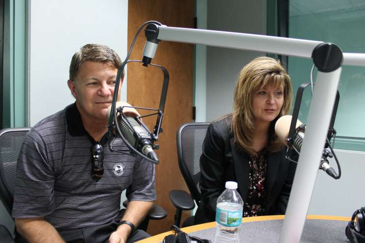 Steve and Shelly Smelski. Photo: Matthew Peddie, WMFE