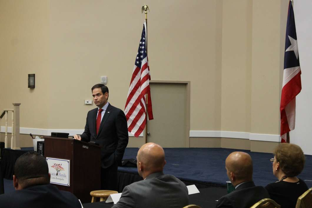 Sen. Marco Rubio addresses a round table discussion on Puerto Rico in Orlando. Photo: Matthew Peddie, WMFE