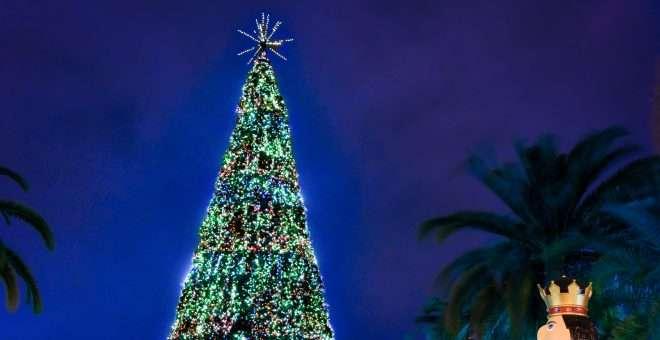 90s Christmas Lights.Orlando Tree Lighting Sodo Orlando Brewing And 90 S Music