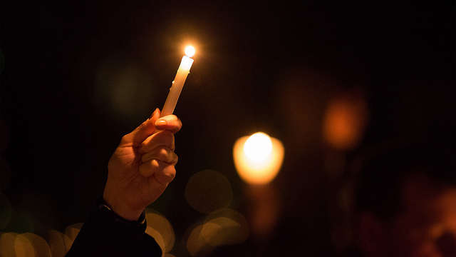 Many students affected by the Marjory Stoneman Douglas High School mass shooting now are freshman at the University of Central Florida. Hundreds gathered yesterday evening at the university for a vigil. Photo: Flickr Creative Commons