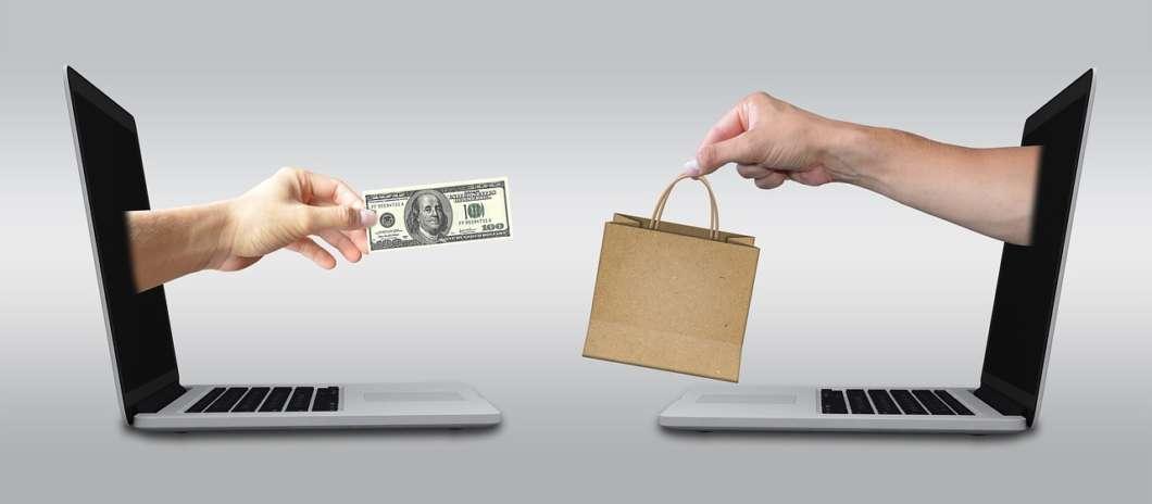 E-commerce concept photo courtesy of Pixabay