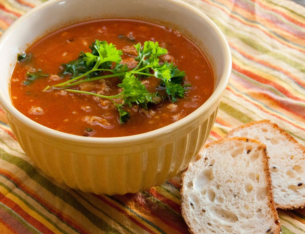 The Minter Kitchen: Kale, Sausage and Cannellini Bean Soup