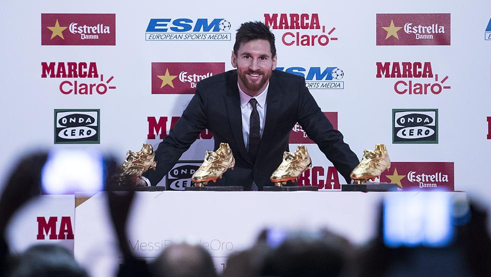 Messi silencia a la prensa en la ceremonia de la bota deoro
