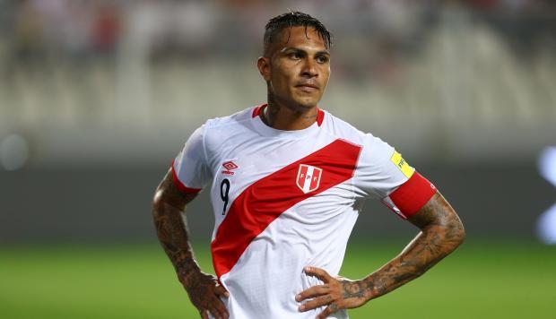 10 días más de incertidumbre para delantero estrella dePerú