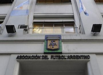 Asociación de fútbol da polémicos consejos de culturarusa