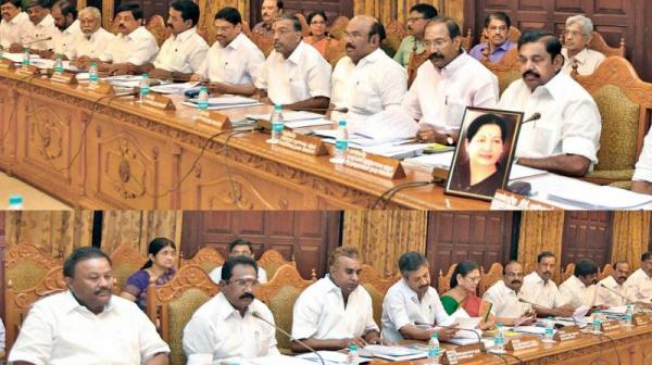 O Panneerselvam holds first Cabinet meeting