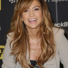 jennifer-lopez-blackberry-playbook-01