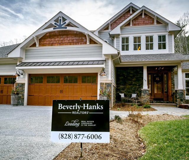 Asheville Homes And Land Hendersonville Homes And Land Waynesville Homes And Land And Lake Lure Homes And Land Nc Real Estate