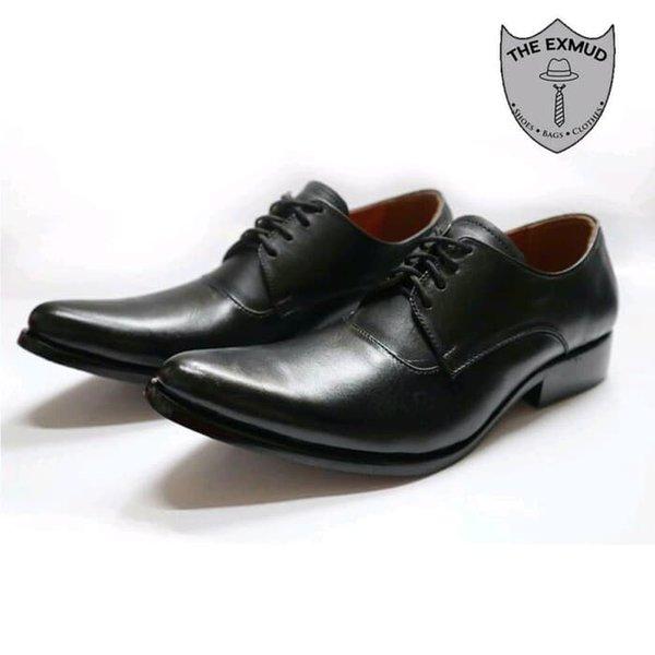 List Harga Sepatu Bally Asli Terbaru Februari 2019 – List Harga ... a76995f15e
