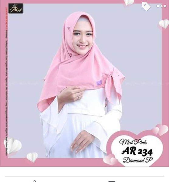 hijab arrafi diamond