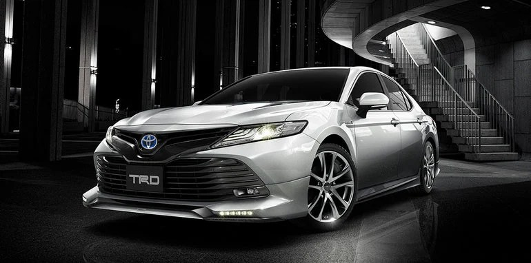 2018 Toyota Camry Unveiled With TRD And Modellista Variants