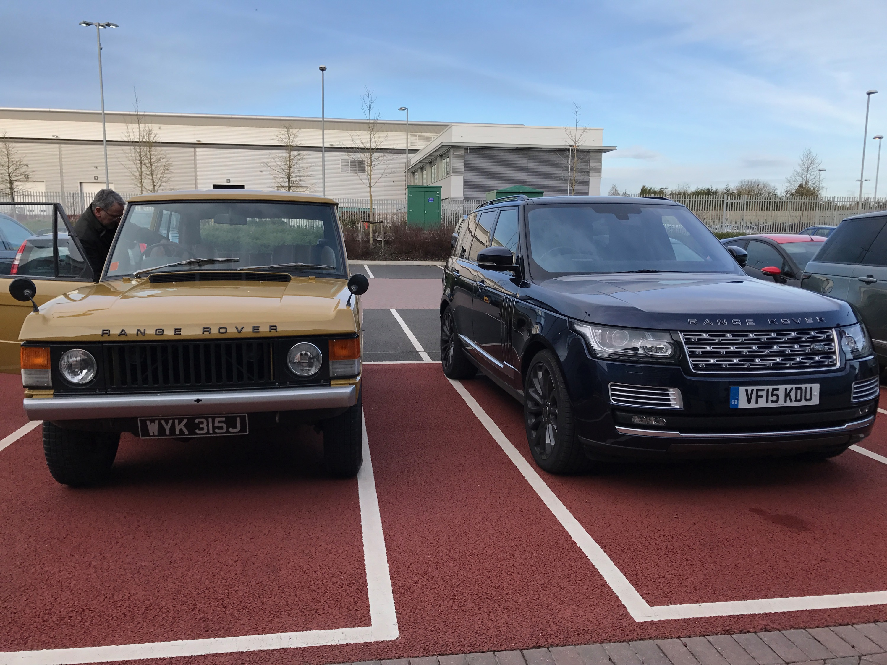 A seven seat Range Rover Don t count on it Land Rover design