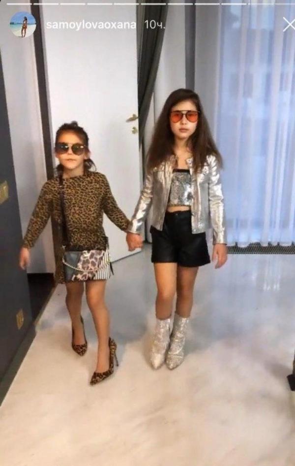 Дочки Джигана выбрали наряды не по возрасту. Фото
