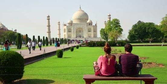 Image result for taj mahal  for couple