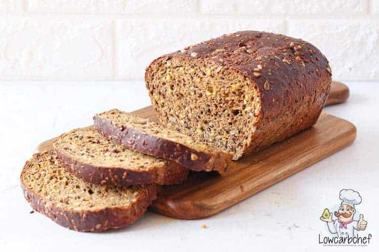 酮面包与种子和仁
