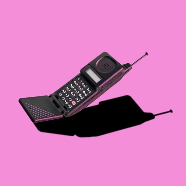 Nostalgia Marketing mobile phone