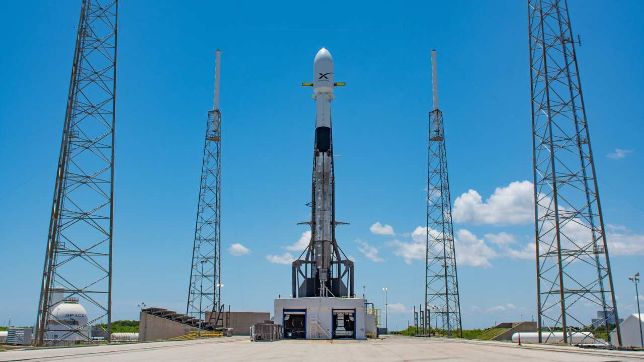 SpaceX reveals opportuny for enthusiasts to beta-test Starlink internet when launched 6