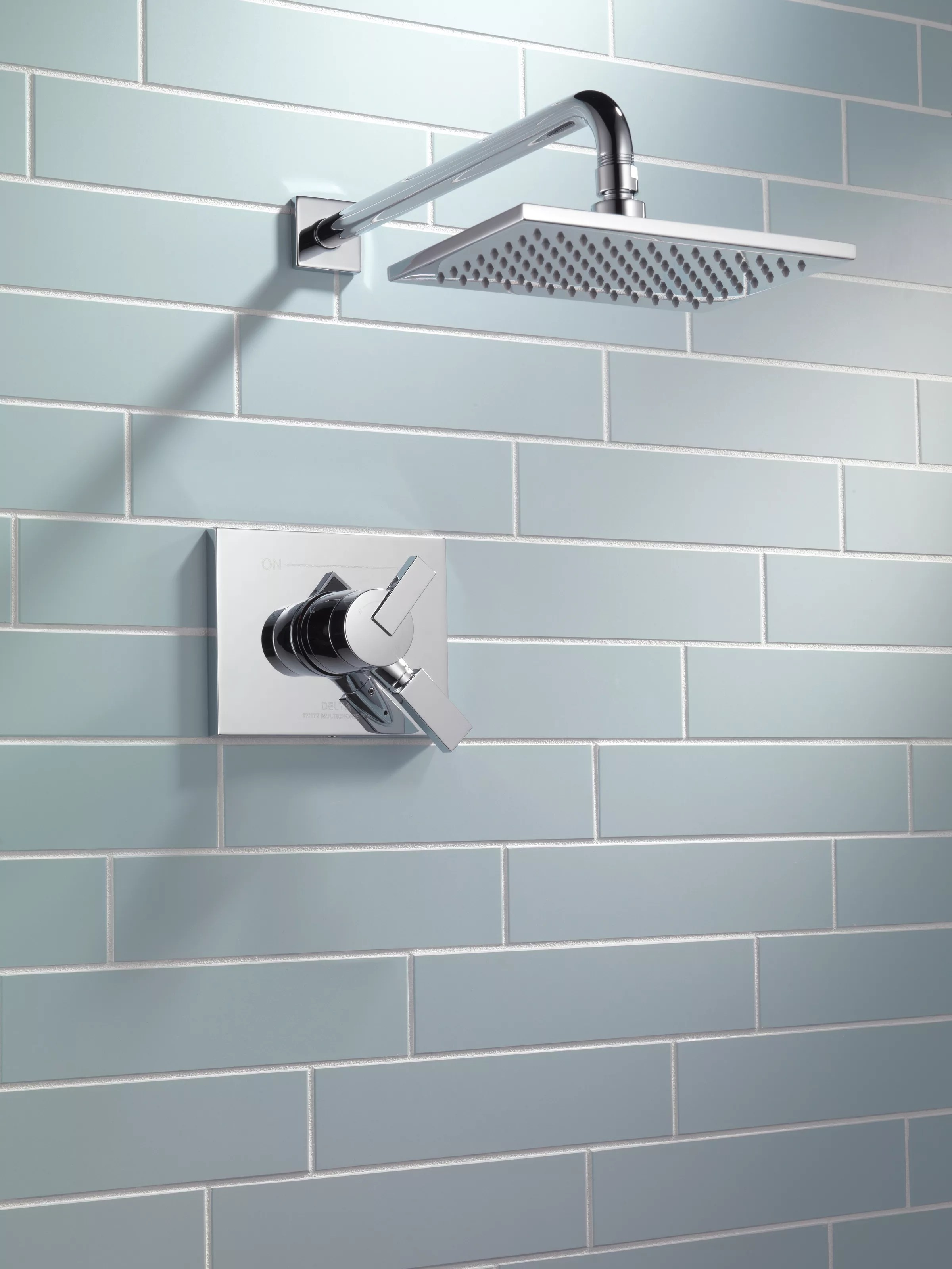 Delta Signature Pull Out Faucet