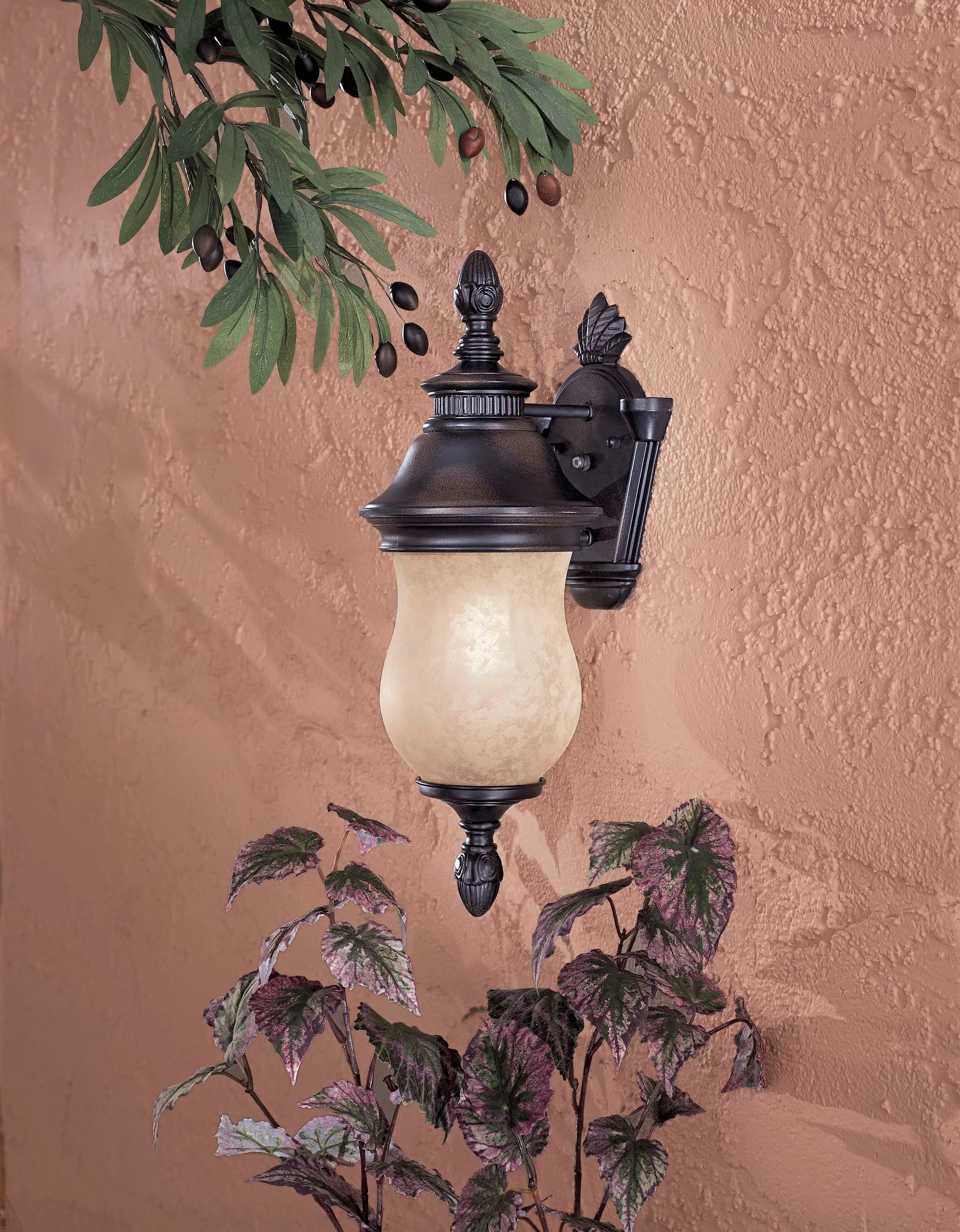 light outdoor wall sconce