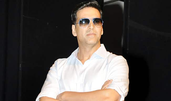 Image result for akshay kumar at kabaddi league