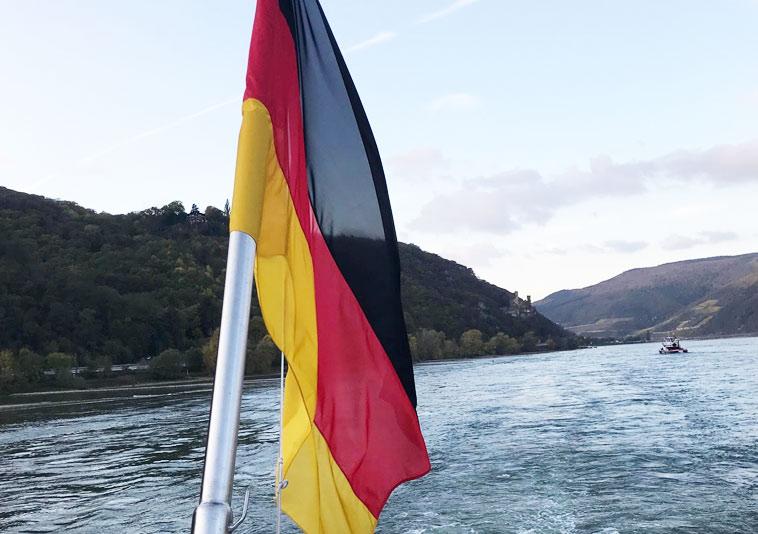 passeio-de-barco-no-rio-rheno