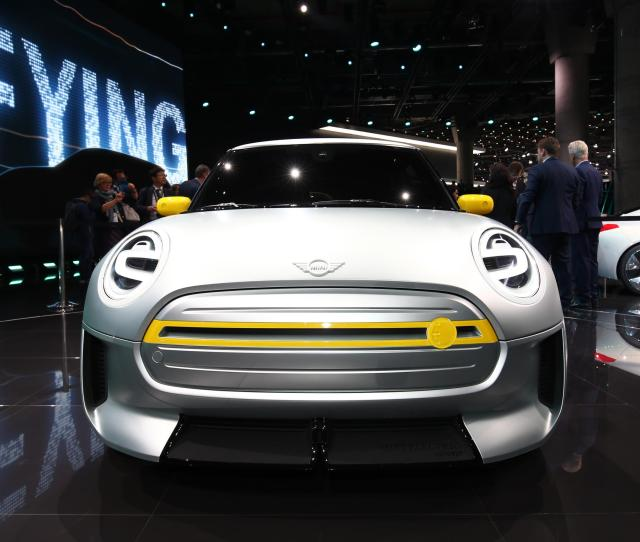 The 2020 Mini Electric Think I3 Drivetrain Shoehorned Into The Current F56 Chassis
