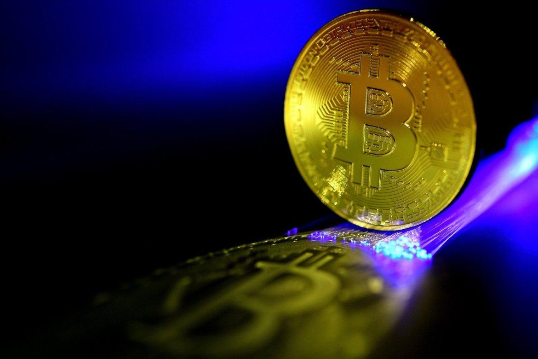 Bitcoin passa barreira dos 60 mil dólares impulsionada pelo plano de estímulo dos EUA