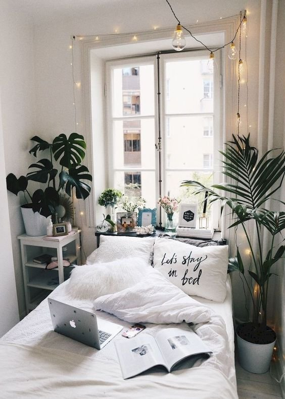 15 Minimalist Room Decor Ideas That'll Motivate You To ... on Decor For Room  id=94619