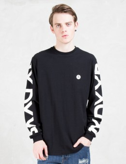 10.DEEP Iconsides Scoop Bottom L/S T-Shirt Picture