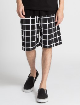 HALL OF FAME Black Tech Grid Shorts Picture