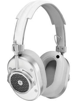 Master & Dynamic MH40 Over Ear Headphone Picture