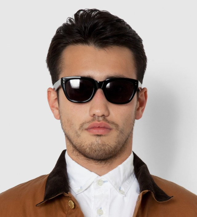 DELUXE Black Matthew Sunglasses