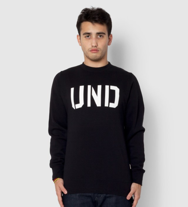 UNDEFEATED Black UND Crewneck