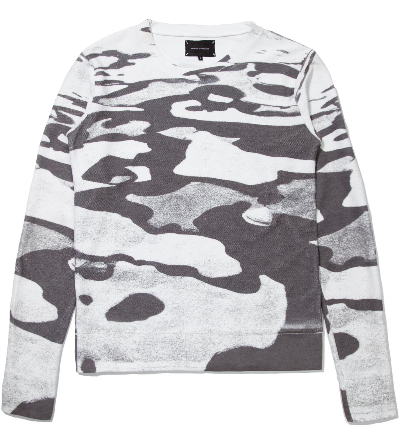 Tourne de Transmission White Isolation Sweater