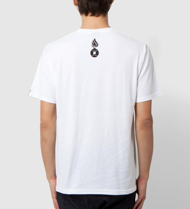 UNDEFEATED White Death From Below T-Shirt