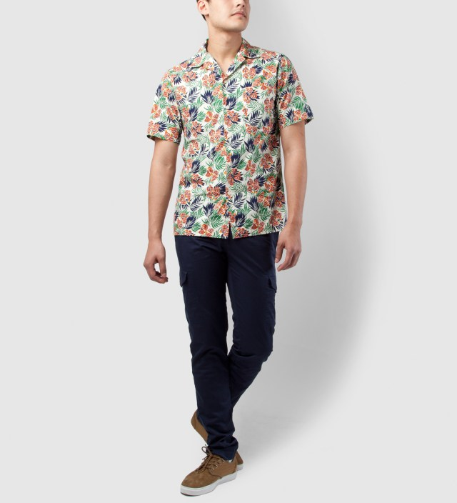 Shades of Grey by Micah Cohen Orange Green Flower Short Sleeve Vacation Shirt