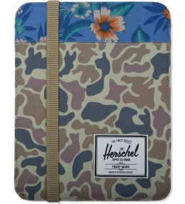 Herschel Supply Co. Duck Camo/Paradise Cypress Sleeve for iPad Picture