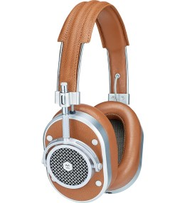 Master & Dynamic Silver MH40 Headphones Picture