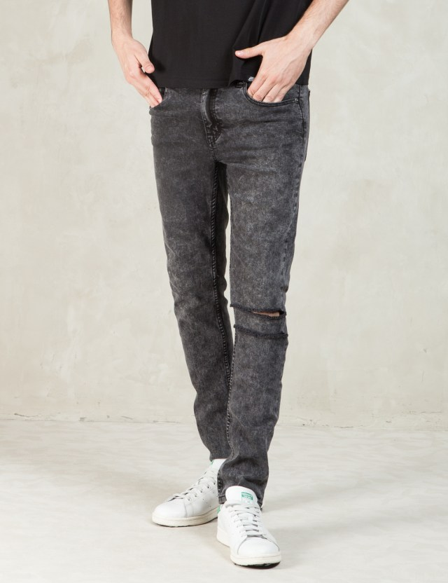 Tight Stone Wash Jeans 19