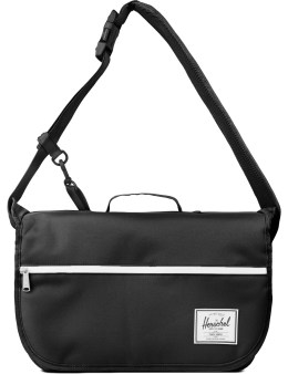 Herschel Supply Co. Pop Quiz Messenger Picture