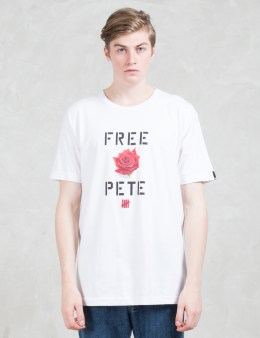UNDEFEATED Free Pete T-Shirt Picture