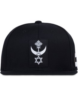 Black Scale Conquering Lion Snapback Cap Picture