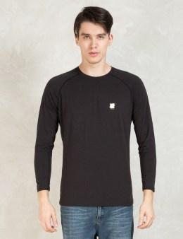 UNDEFEATED Black Tech Raglan L/sl T-Shirt Picture