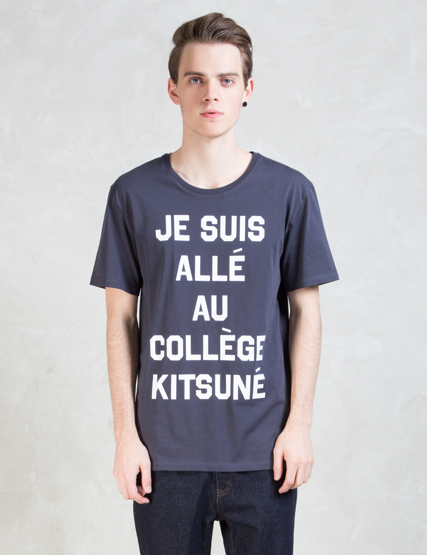 maison kitsune je suis alle t shirt hbx. Black Bedroom Furniture Sets. Home Design Ideas