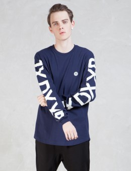 10.DEEP Ironside Scoop L/S T-Shirt Picture
