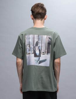Won I Closed From Behind S/S T-Shirt Picture